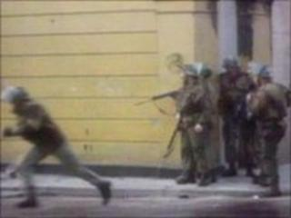 Paratroopers in Northern Ireland