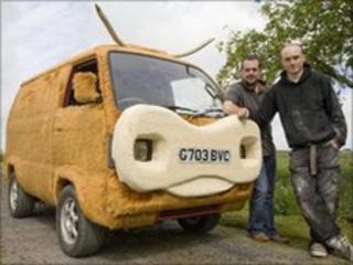 Mikey Sandison and Gordie Mackay with the van