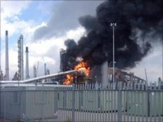 Fire at refinery