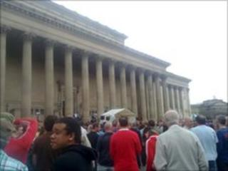 LFC fans St George's Hall