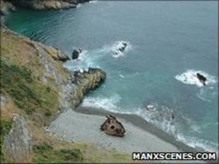 Cliff face at Port Soderick (Pic: Manxscenes.com)