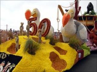 Battle of Flowers float 2009
