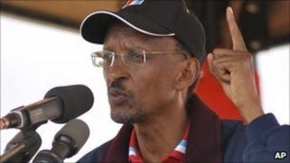 President Paul Kagame speaks to Rwandans during his election campaign in Kirehe, Rwanda