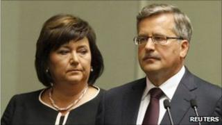 Bronislaw Komorowski and his wife, Anna, during the swearing-in ceremony in Warsaw (6 August 2010)