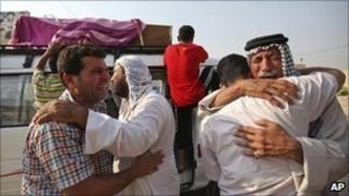 Relatives of Baghdad bomb victims - 17 August 2010