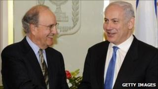 Special Envoy George Mitchell (l) and Israeli Prime Minister Benjamin Netanyahu in Jerusalem on 11 August 2010. (Photo: Israeli Government press office)