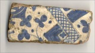 Valencian tile fragment