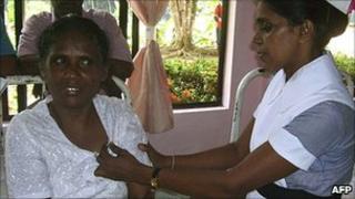 LP Ariyawathie (left), Kamburupitiya Hospital, Sri Lanka
