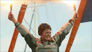 Ellen MacArthur celebrates record-breaking journey