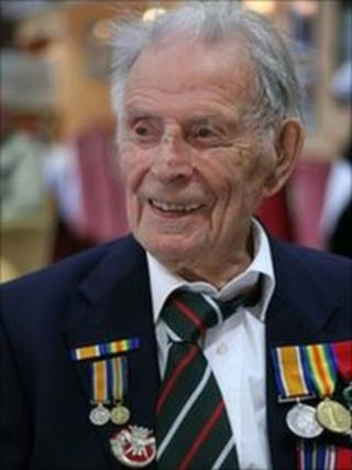 World War One veteran Harry Patch TX: BBC One (West) Wednesday 12th Nov 2008 TX: BBC Four Monday 24th Nov 2008