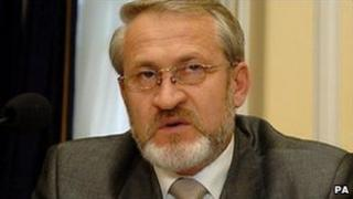 Akhmed Zakayev in London (image from 2004)