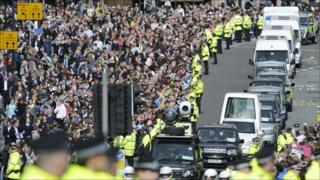 Pope cavalcade through Princes Street