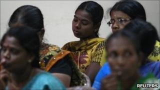 Tamils attending the commission hearing in Vavuniya
