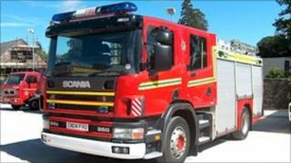 A fire engine (generic)