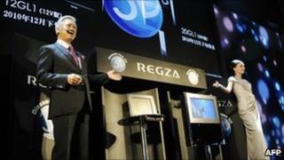 Toshiba unveils 3DTV