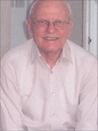 Roy Elderfield