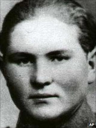 Seifert as an SS guard