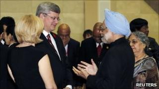 Canadian PM Stephen Harper and Indian PM Manmohan Singh at the G20 summit in South Korea