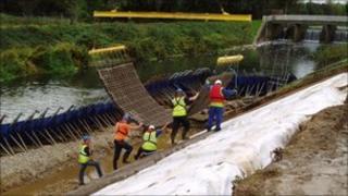 Lower Mole flood defences