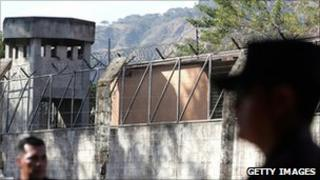 Police on guard at the Apanteos prison after a riot in January 2007