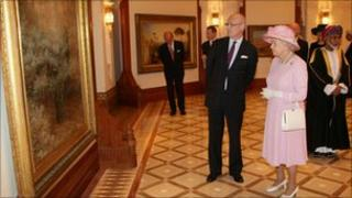 The Queen attends attend a Tate Gallery event at Al-Alam Palace