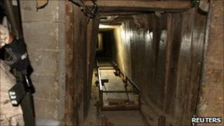 Tunnel found linking Tijuana and California