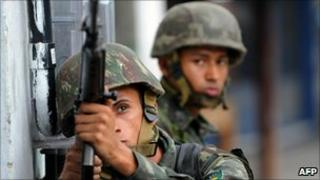 Soldiers on patrol in Rio