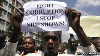 Demonstrators in Nairobi protest against corruption in politics (Feb 2010)
