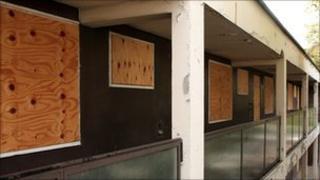 Empty flats in London