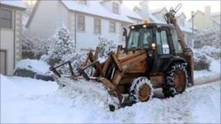 Snow plough in Dromore (Paul McFarland)