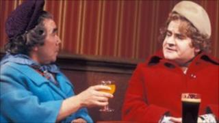Two Ronnies pub