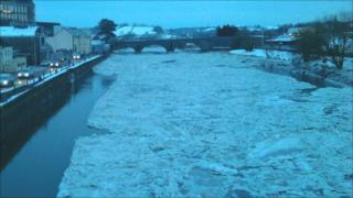 Frozen Towy in Carmarthen. Picture: the Reverend Leigh Richardson