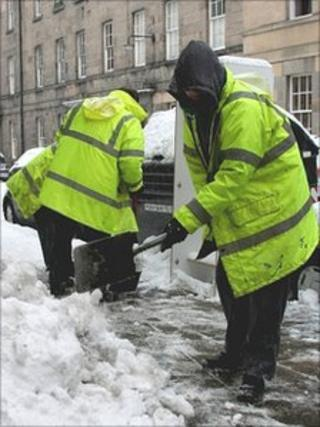 Offenders clearing snow