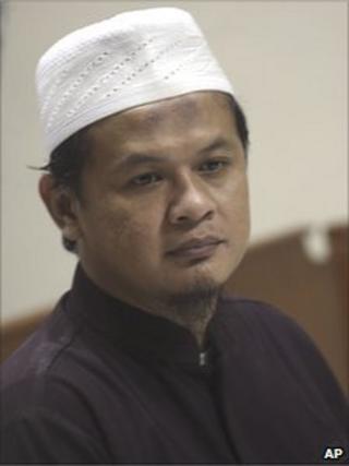 Abdullah Sunata in court in Jakarta (29 Dec)