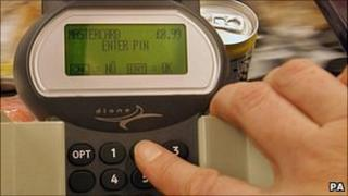Shopper paying with chip and pin