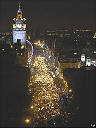 Torchlight procession in Edinburgh