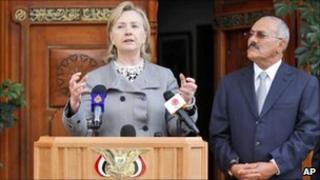 US Secretary of State Hillary Clinton and Yemeni President Ali Abdallah Saleh in Sanaa. Photo: 11 January 2011