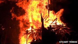 Burning of the replica Viking galley [Pic: Stuart Terris]