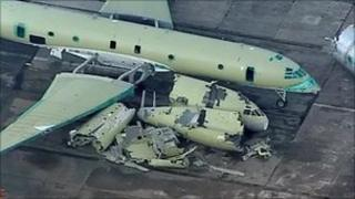 Scrapped Nimrod aircraft
