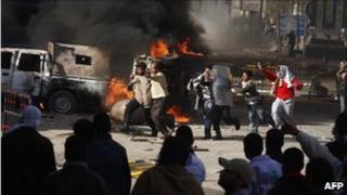 Rioters in Suez