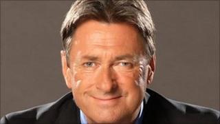 Alan Titchmarsh To Host Itv Garden Show Bbc News