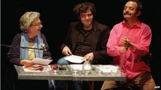 Andree Chedid with her grandson Matthieu (centre) and son Louis (image from 2001)