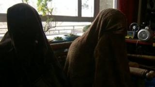 Women in Afghan shelter