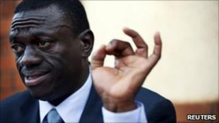 Kizza Besigye addresses reporters in Kampala, 19 February