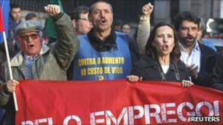 Workers protesting in Portugal