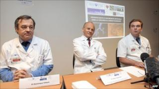 Doctors Dominique Valeyre, Carpentier Emmanuel Martinod at the Avicenne hospital in Bobigny, Paris, 3 March 2011