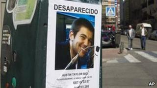 """A """"missing"""" poster in Madrid for US student Austin Taylor Bice, 6 March"""