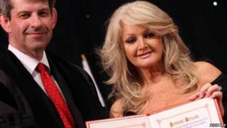 Bonnie Tyler receives the honour from council chief executive Steve Phillips