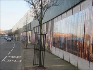 Peace wall between Protestant and Catholic west Belfast