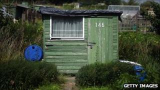 Men in sheds aims to improve retirement for men in the Isle of Man